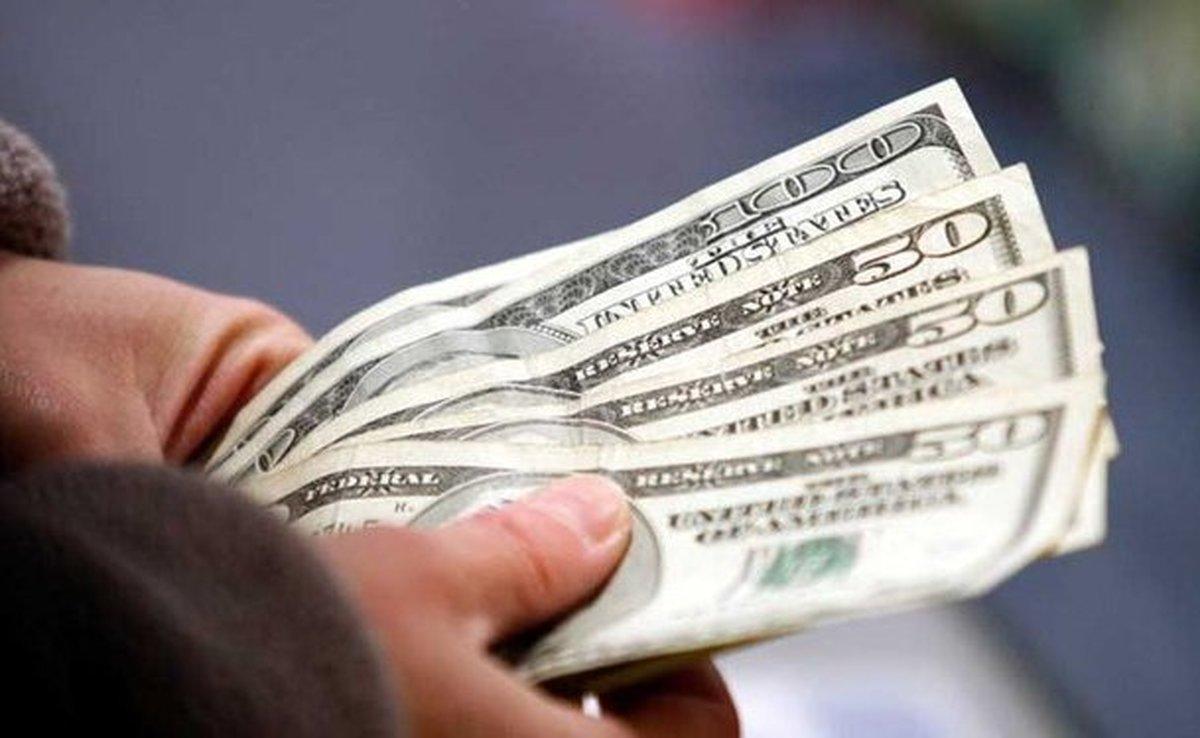 نگاهی به فراز و فرود نرخ دلار