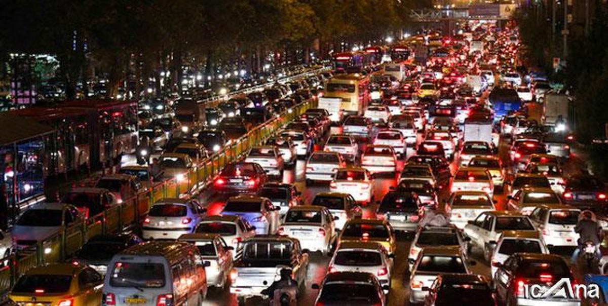ترافیک در جاده چالوس - کرج سنگین است