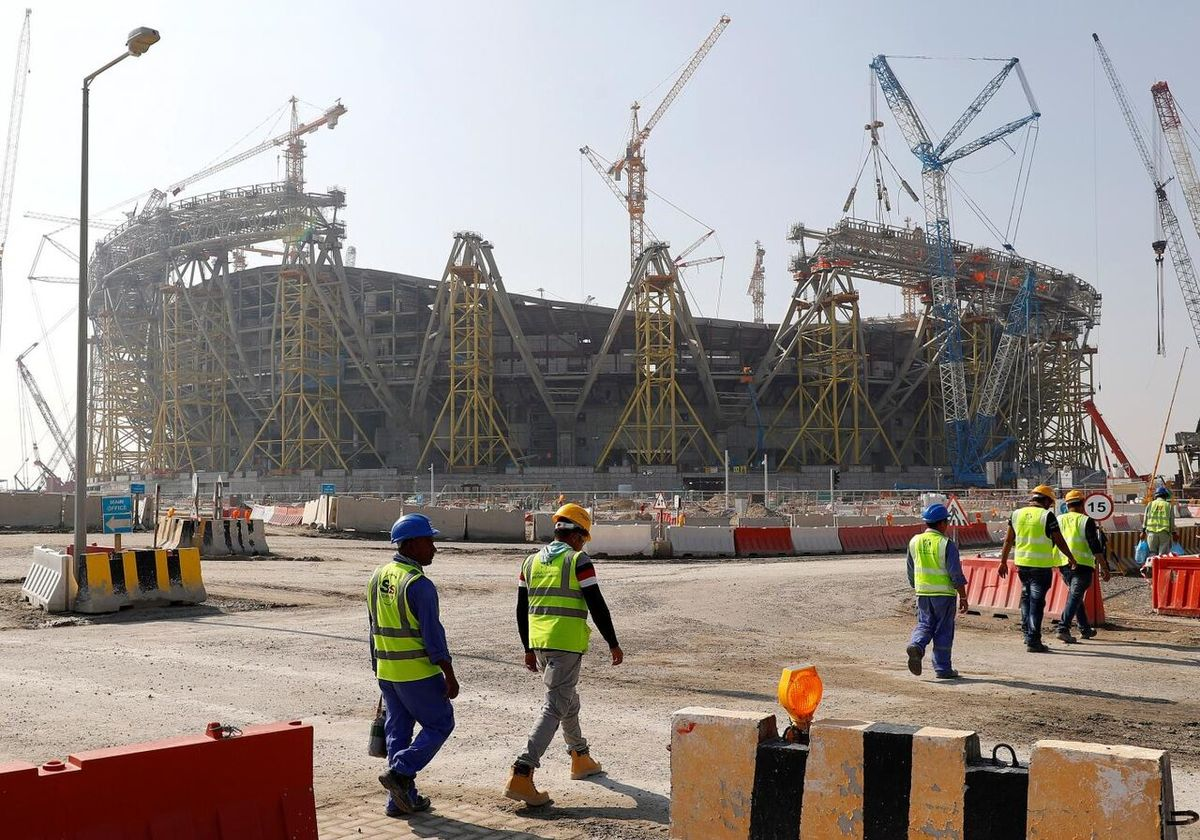 جامجهانی |  مرگ  ۶۵۰۰ کارگر مهاجر درجامجهانی قطر