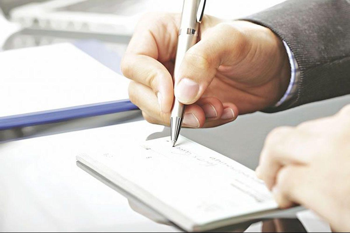 وضعیت سفید چک برگشتی | ریسک معاملات مدتدار کاهش یافت