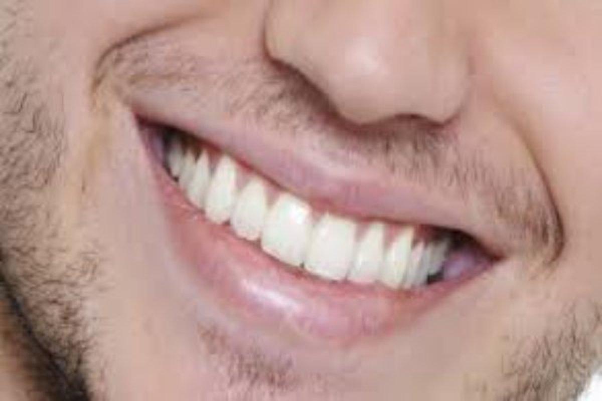 لبخند زدن حس مثبت اندیشی را تقویت می کند