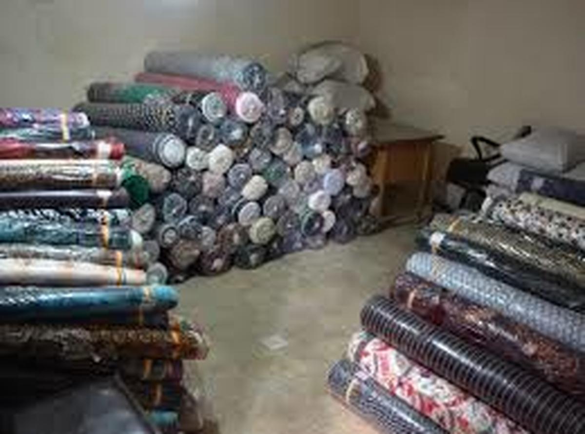 کالای قاچاق  |  کشف 4 میلیارد تومان کالای قاچاق در تهران