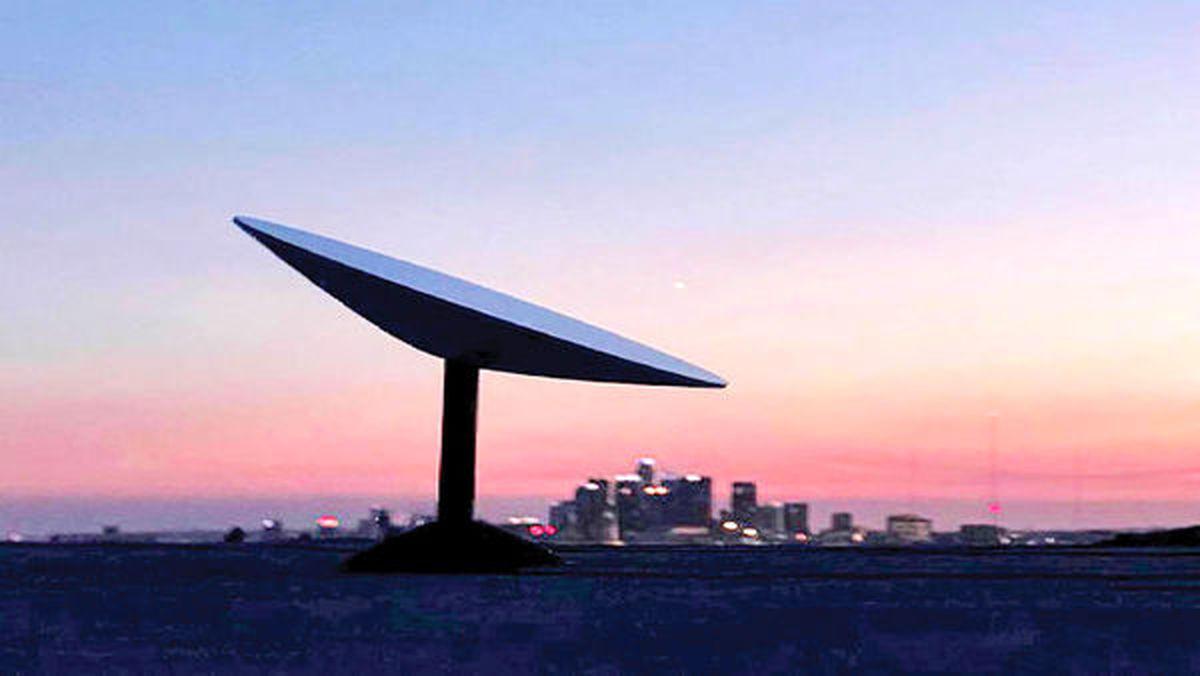 اینترنت ماهوارهای پاییز میآید   رقابت جف بزوس و ایلان ماسک در آسمان
