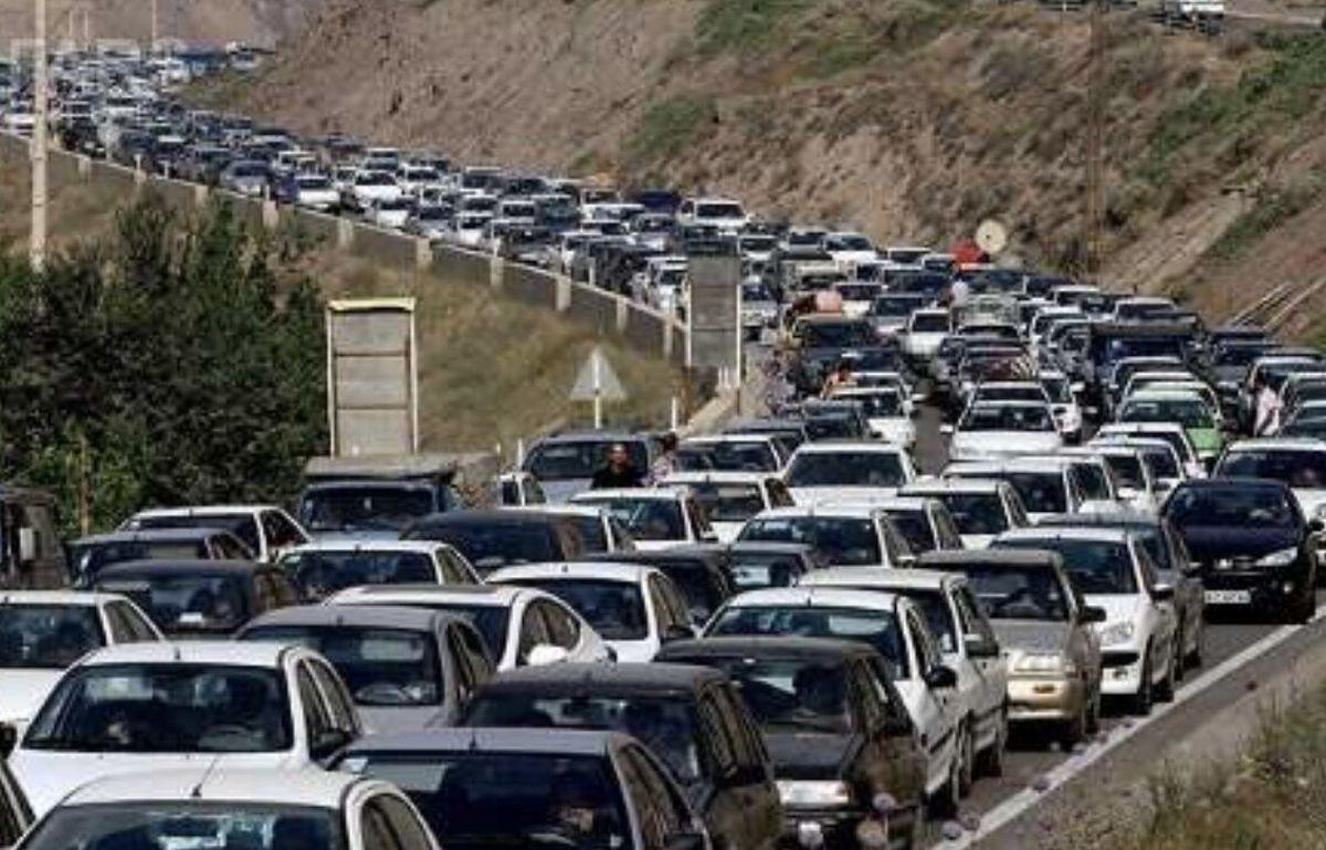 در جادههای ورودی مشهد ترافیک سنگین است