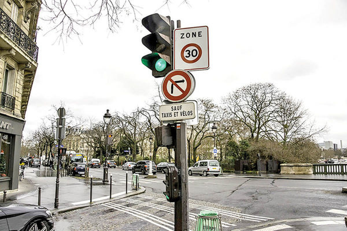 جنس زمستانی آلودگی تابستانی | پاریس از خودرو خالی میشود؛ تهران آلودهتر