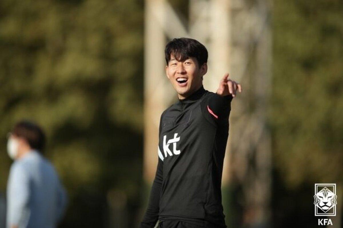 خوشحالی کرهایها از نبود تماشاگر در بازی با ایران