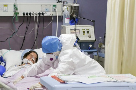 ۳۲۲ بیمار مبتلا به کرونا در مراکز درمانی زنجان بستری هستند
