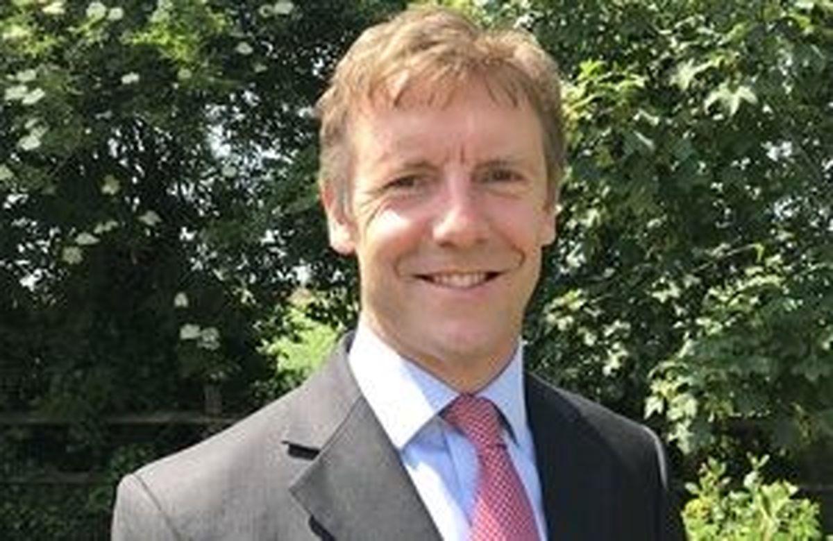 توئیت سفیر جدید انگلیس درباره سریال گاندو ۲ +عکس