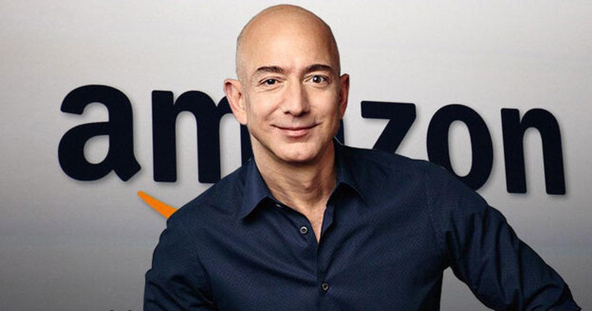 پولدارترین فرد جهان  مدیریت آمازون را کنار گذاشت