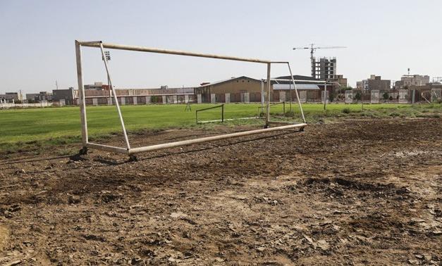 برق  |   به دلیل بدهی برق ورزشگاه خرمشهر  قطع شد