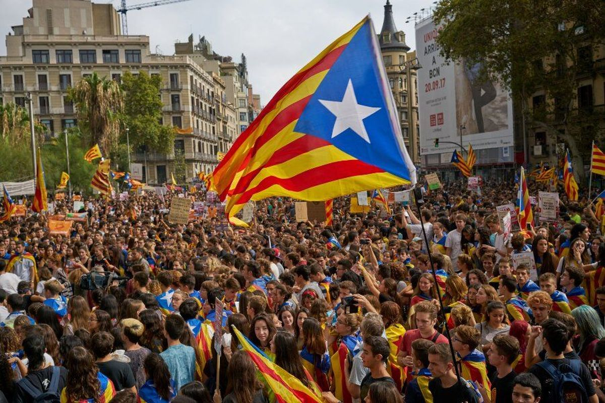 نیویورک تایمز: رهبران جدایی طلب کاتالونیا از روسیه کمک گرفته اند