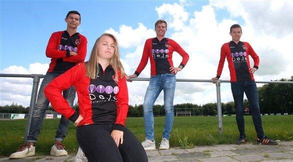 فوتبال هلند  |  نخستین فوتبالیست زن در تیم مردان