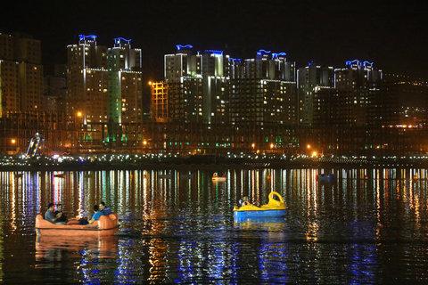 صدور مجوز برج 21 طبقه در حریم دریاچه شهدای خلیج فارس