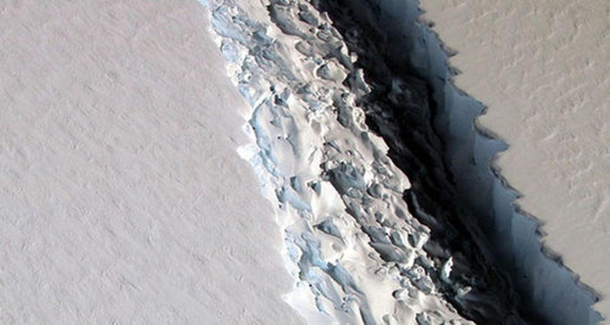 جدا شدن یک توده یخ 3700 کیلومتری در قطب جنوب + عکس