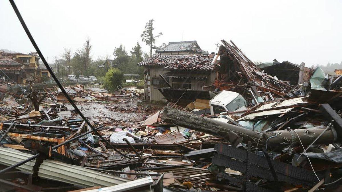 ویدئو : آمار ضد و نقیض از تلفات طوفان ژاپن